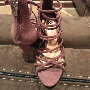 New heels Vince Camuto size 7 1/2